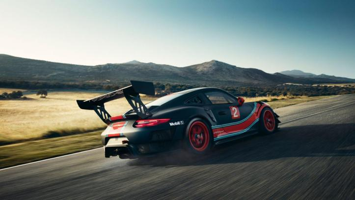 Porsche 911 GT2 RS Clubsport – The Race Track version of the